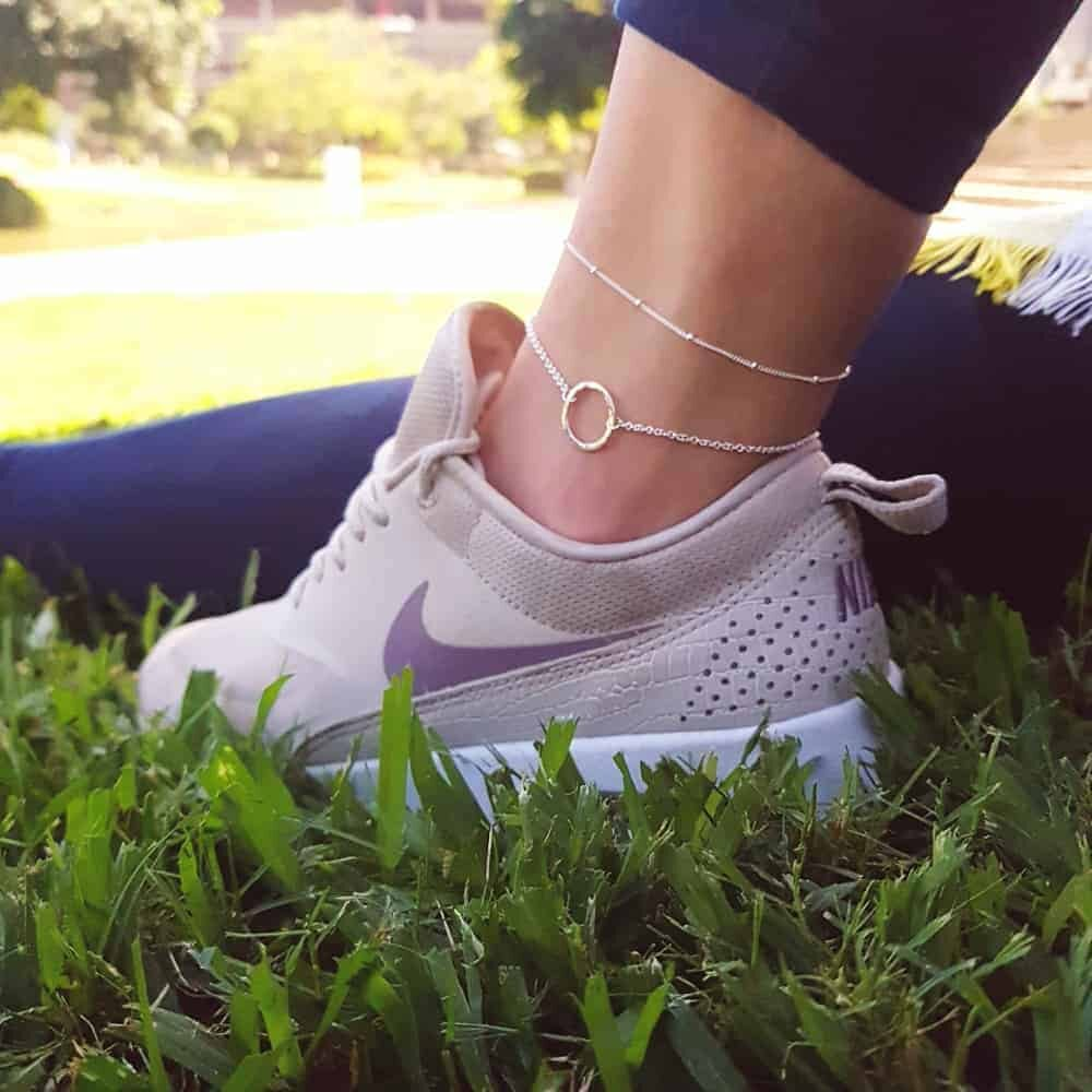open circle anklet-dewdrop anklet-lifestyle