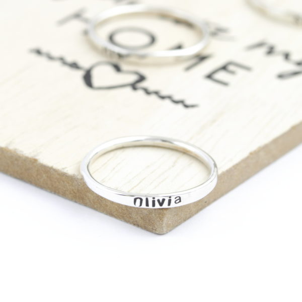 Sterling Silver Band Single