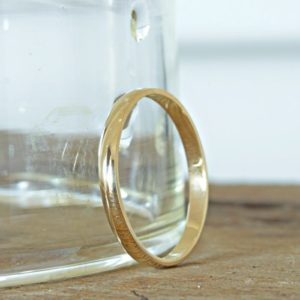 9kt Gold Dainty Band