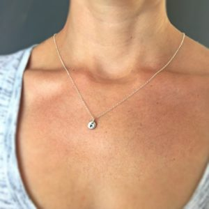 Sterling Silver Single Pebble nECKLACE