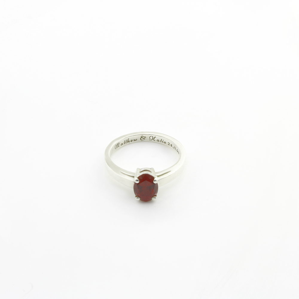 Personalised Cubic Zirconia Solitaire Claw Ring 1