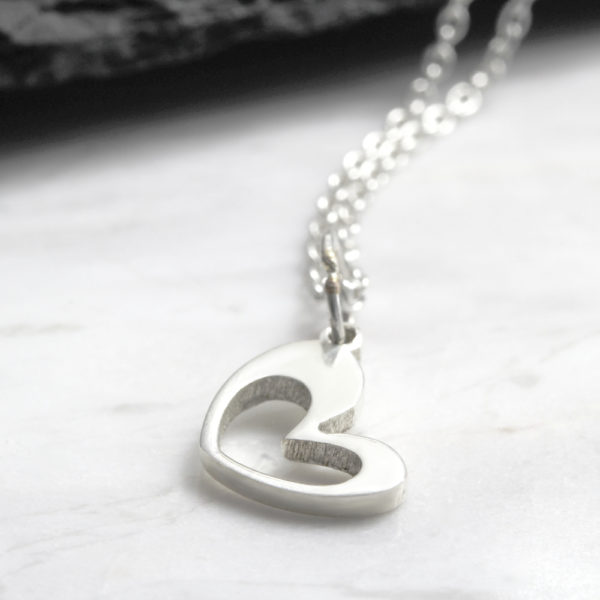 Heart Cutout Necklace Silvery Jewellery
